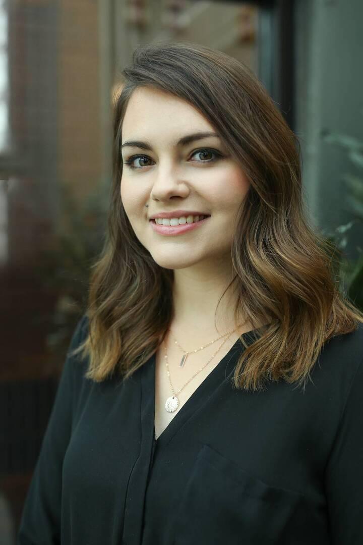 Malerie Strahm : Multimedia Coordinator